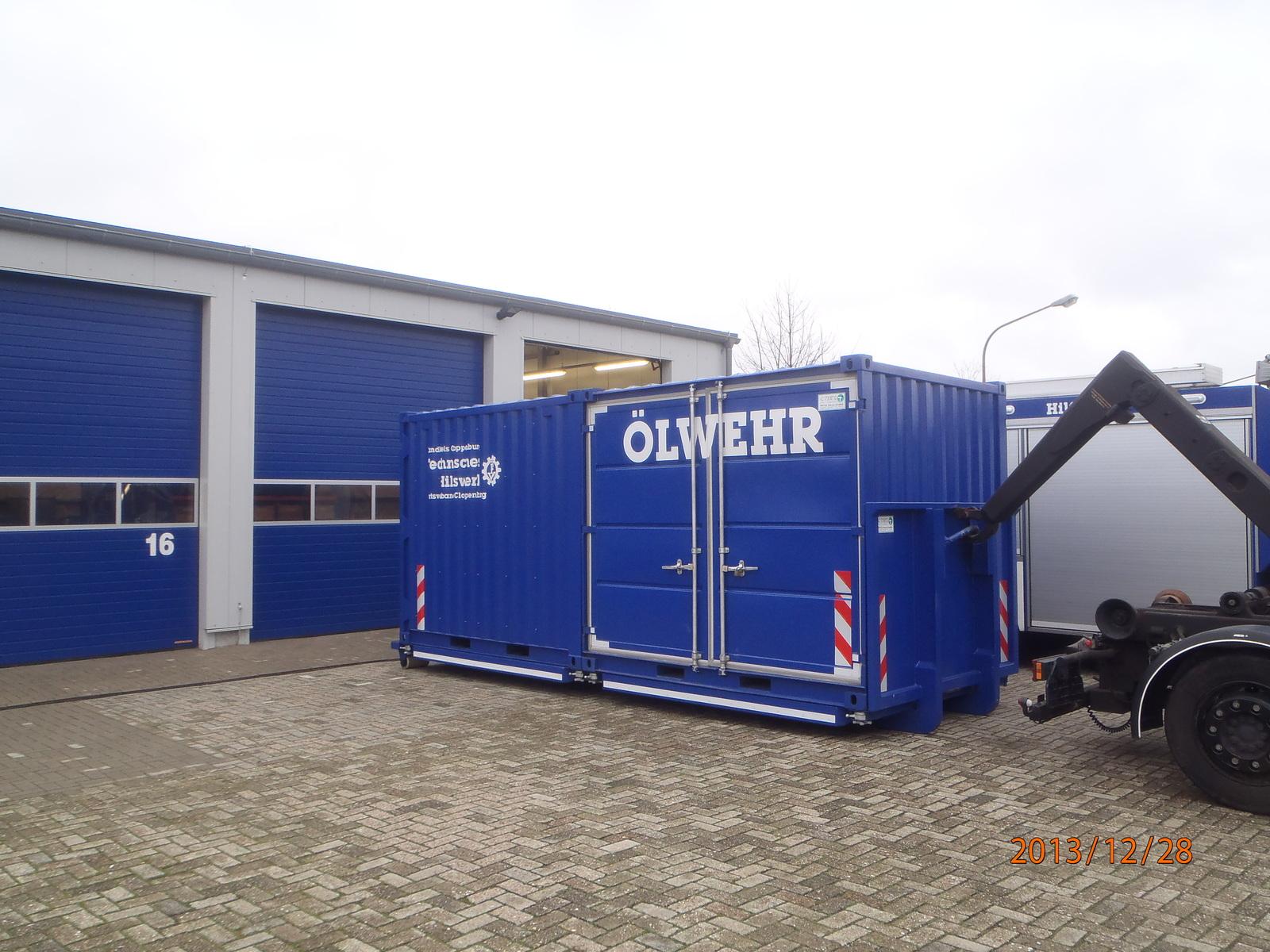 THW OV Cloppenburg: Abrollbehälter Ölwehr (AB Ölwehr)